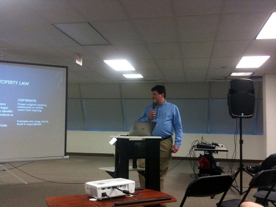 Photo: Jon Muskin presented at the May NJETS meetup Photo Credit: Esther Surden