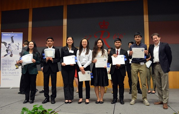 Photo: Nokia Bell Labs NJRSF Winners L-R: Isabella Impalli (alternate 2),Varun Kumar (alternate 1,)Catherine Chen, Jiwoo Lee, Clairisse Whang, John Lozado, Neelay Trivedi with Marcus Weldon of Nokia Bell Labs. Photo Credit: Courtesy Nokia Bell Labs