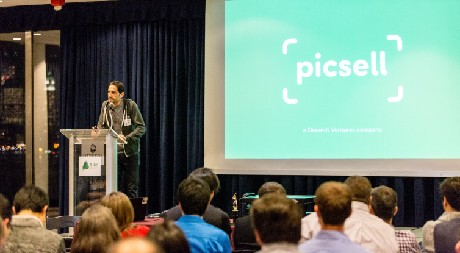 Photo: Picsell won the audience choice award for the evening. Photo Credit: Danny@Customphotoshoot.com