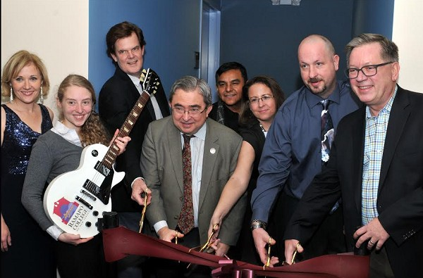 Photo: Cutting the ribbon on the Les Paul studio at Ramapo College Photo Credit: Chris Lentz