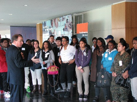 Photo: Students with Stephen Moser from the Global Network Operations Center. Photo Credit: Ellen Webner, AT&T